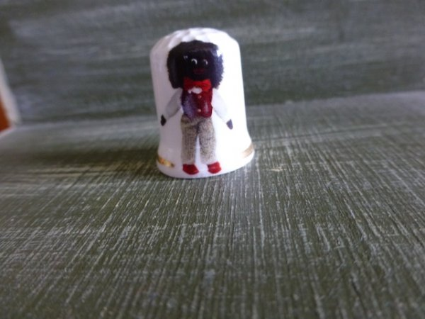 Thimble with Standing Golliwog