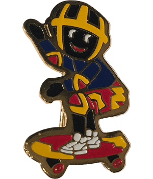 Robertsons Badge: Skateboarder Golliwog